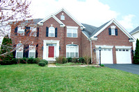 8748 Lords View Loop, Gainesville, VA